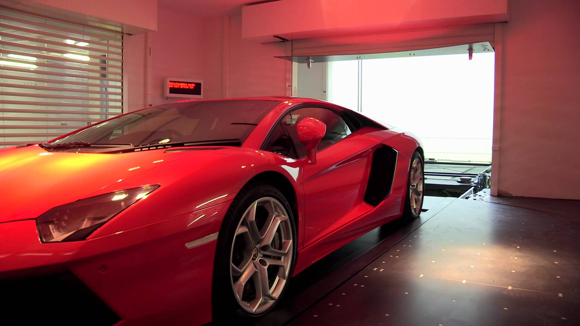 This Jaw Dropping Massive Car Garage Is Filled With Tons of Super ...