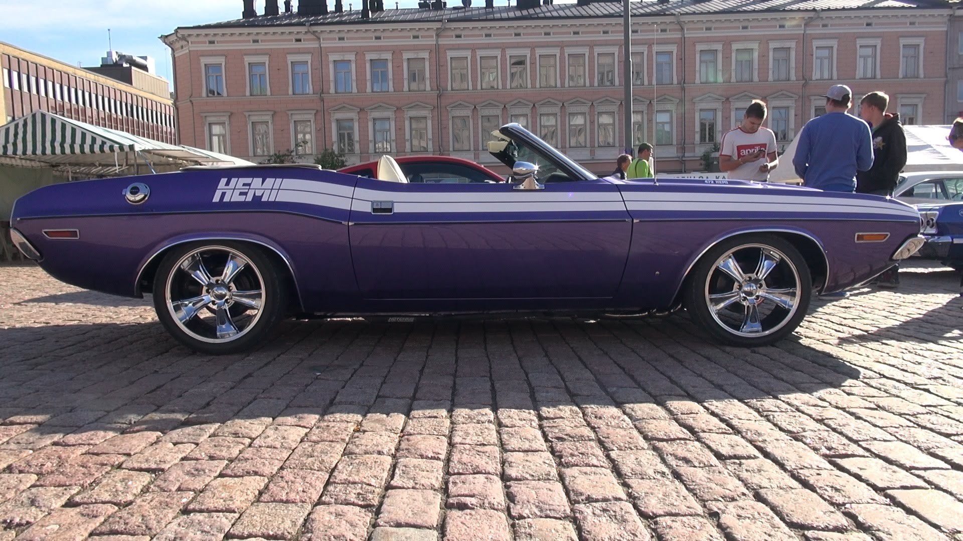 1971 dodge challenger convertible in sizzling plum crazy. Black Bedroom Furniture Sets. Home Design Ideas