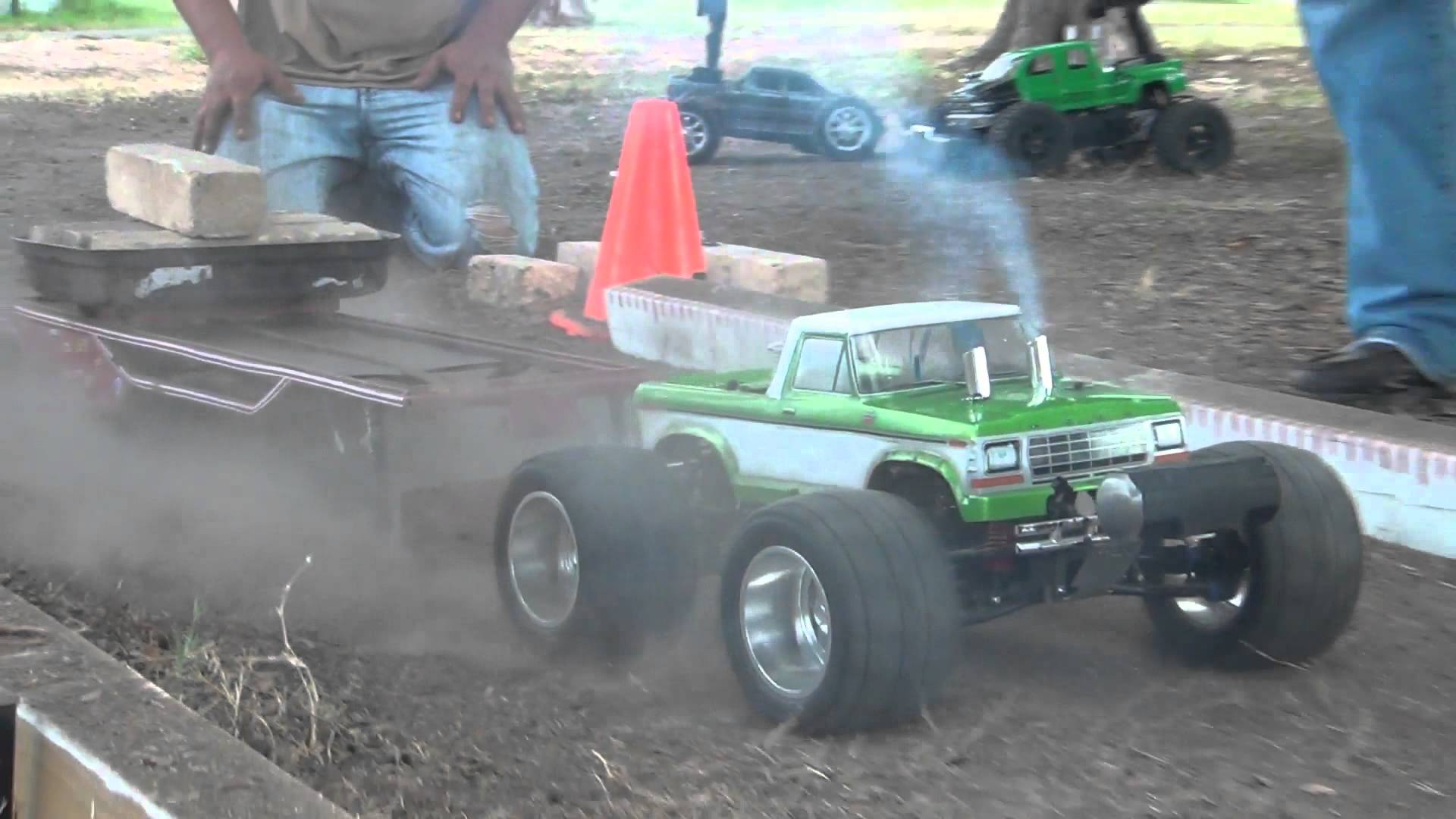 nitro rc muscle cars with Insanely Cool Rc Trucks Wonderful Tug War Fights on Hot Cars likewise 1967 Ford Mustang Gt P 140156 besides 1106444 2018 Dodge Challenger Adr Wide Body Srt Hellcat Spy Shots additionally Insanely Cool Rc Trucks Wonderful Tug War Fights additionally 130815336691.