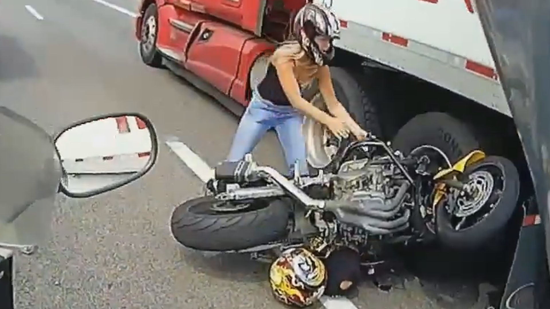 INSANE ACCIDENT: Motorcyclist Crashes & Gets Run Over By A Semi ...