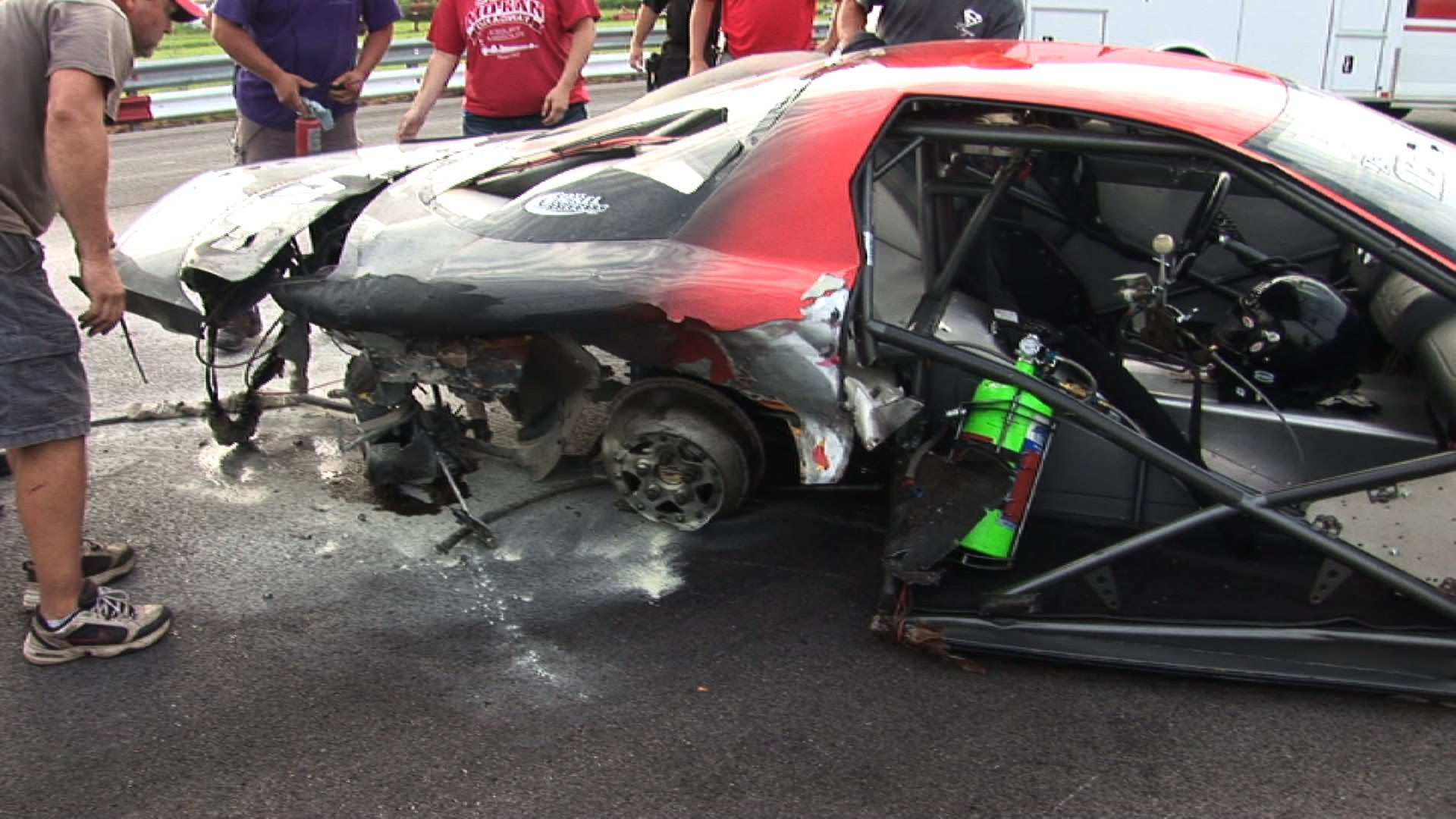 Big Tire Firebird Loses Grip And Crashes VIOLENTLY During A Drag Race