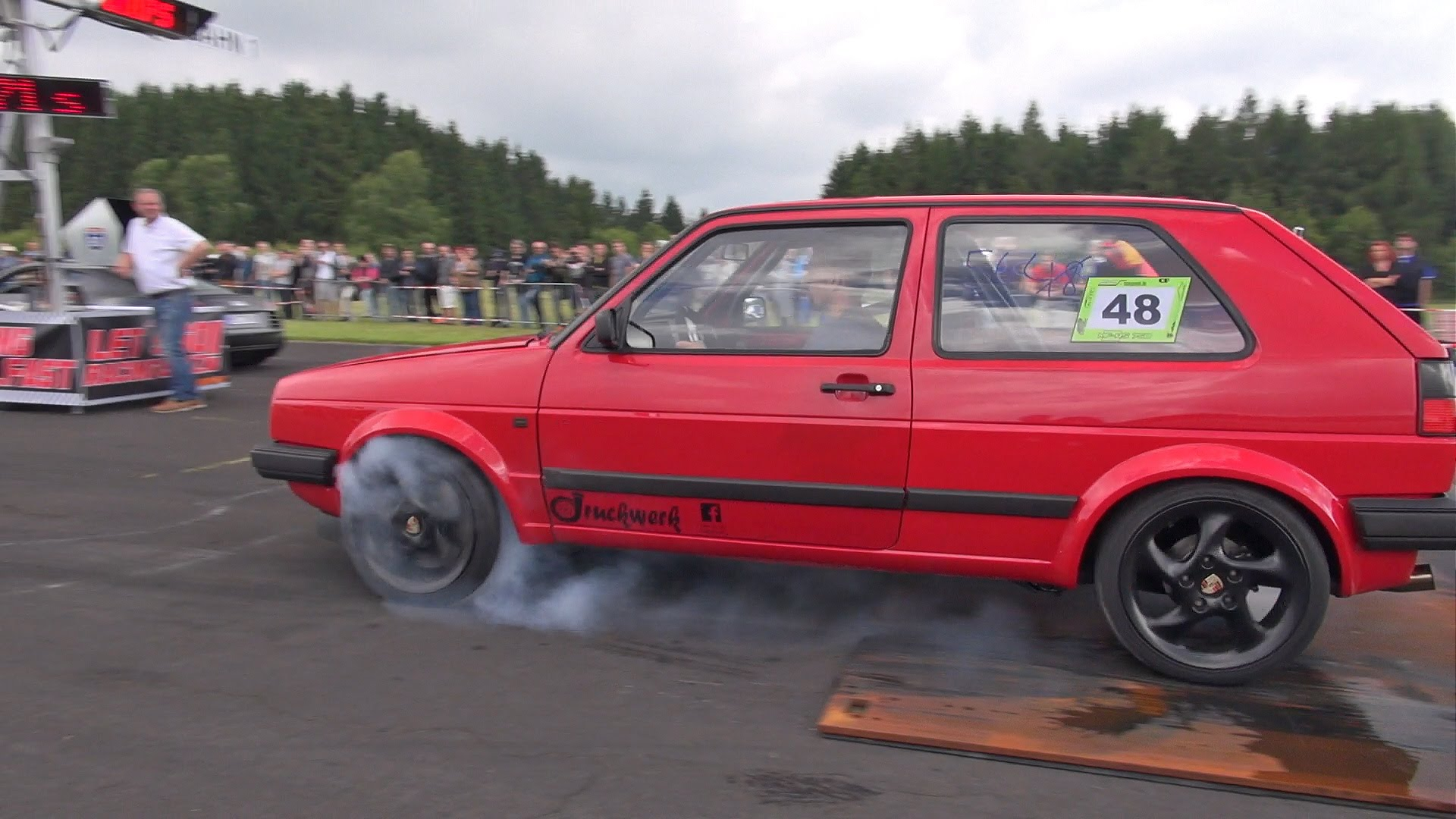 powerful 600hp vw golf 2 vr6 turbo destroys the competition on the dragstrip. Black Bedroom Furniture Sets. Home Design Ideas